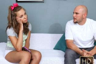 TeamSkeet - Daddy Issues Liza Rowe (ExxxtraSmall)
