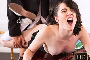 TeamSkeet - The Oval O Face Cadence Carter (InnocentHigh)