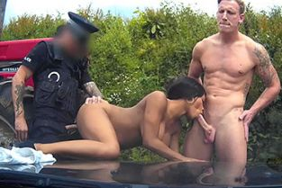FakeCop - Super trooper: Racer Gets Involved In Outdoor Threesome