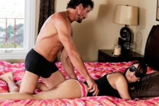 TrickySpa - Daughter's Diary: Part One Charlotte Cross, Tommy Gunn