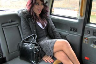 FakeTaxi - Sexual favours from ebony minx