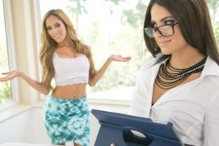 AllGirlMassage - Seducing the Accountant Chloe Amour, Aspen Rae