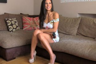 FakeAgent UK - Office sex for sporty spanish babe