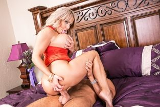 NaughtyAmerica - Alyssa Lynn & Chad White in My Friend's Hot Mom