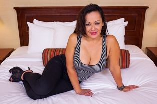 MomPov - Latina freak MILF by popular demand