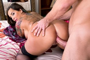 NaughtyAmerica - Sydney Leathers & Johnny Castle in American Daydreams