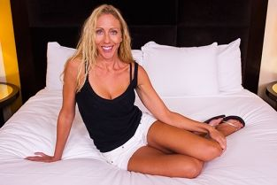 MomPov - Mindi SoCal MILF loves to surf and fuck