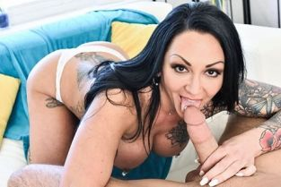 MommyBlowsBest - Ashton Blake The Tattooed Stepmom