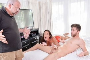 FamilyStrokes - Sofie Marie Family Makes Me Feel Better