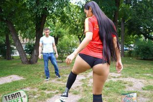 TeamSkeet - Andreina Deluxe World Cup Runneth Over With Cum OyeLoca