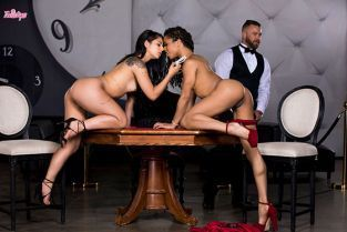 Twistys - Gina Valentina, Kira Noir All In WhenGirlsPlay