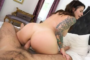ManuelFerrara - Ivy Lebelle Anal She Gives All Her Holes To Manuel