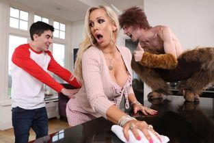 Rebecca More Meeting His Horny Monster A XXX Parody BrazzersExxtra