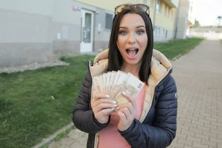 PublicAgent - Alysa Gap Russian Pussy Takes a Pounding