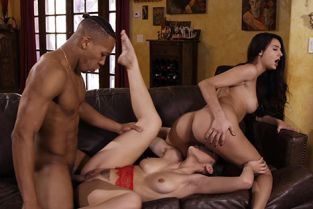 ThirdMovies - Kendra Spade, Eliza Ibarra Threeway Interracial Action