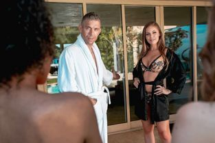DigitalPlayground - Britney Amber Meet The Neighbors Episode 1