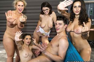 FuckTeamFive - Ashley Adams, Jane Wilde, Ryan Conner, Michele James Squirting Fuck Team Orgy