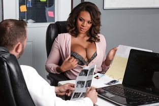 Halle Hayes Working Late BrazzersExxtra