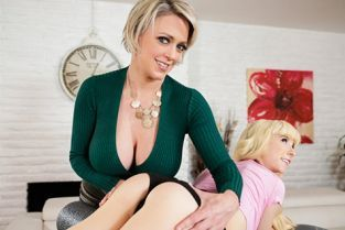 AllGirlMassage - Dee Williams, Kenzie Reeves Learning From The Best