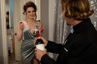 Babes - Athena Faris It Happened One Night Part 1
