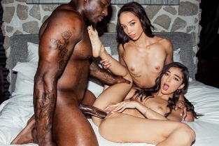 Blacked - Emily Willis, Alexis Tae Peach