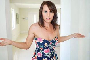PervMom - Riley Jacobs You Belong at Home