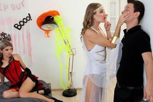StepSiblingsCaught - Gina Gerson, Tiffany Tatum What Happened On Halloween