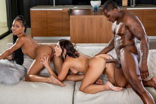 Blacked - Adriana Chechik, Kira Noir Lazy Sunday