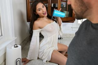 RealityKings - Abella Danger Hammer And Nailed RKPrime