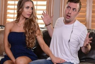Jessy Jones, Nicole Aniston There's A Pornstar In My House [Best of Brazzers]