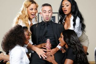 Anya Ivy, Jasmine Webb, Diamond Jackson, Jade Aspen, Keiran Lee Office 4-Play VII: Ebony Babes [Best of Brazzers]
