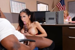 Prince Yashua , Tia Cyrus My Phys Ed Teacher Fucked My Tits [Best of Brazzers]