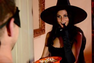 Ariana Marie, Johnny Castle Dick Or Treat [Best of Brazzers]
