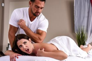 Johnny Castle, Angela White The Wrong Massage Feels So Right [Best of Brazzers]