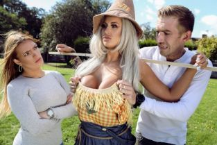 Danny D, Brooklyn Blue Sex With The Scarecrow [Best of Brazzers]