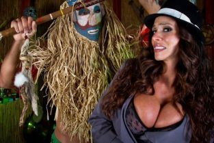 Danny Mountain, Ariella Ferrera Doctor Doctor, Gimme Your Cock! [Best of Brazzers]