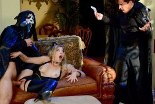 Michael Vegas, Zoey Monroe Trick And Treat [Best of Brazzers]