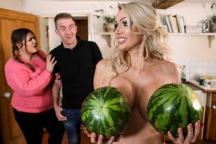 Danny D, Amber Jayne New To Nudism [Best of Brazzers]
