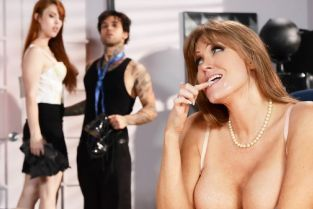 Gwen Stark, Darla Crane, Small Hands Applicant Cunt [Best of Brazzers]