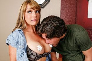 Seth Gamble, Shayla LaVeaux Titties for Popularity [Best of Brazzers]