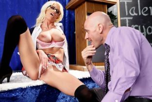 Johnny Sins, Riley Jenner Your Tits Have More Talent [Best of Brazzers]