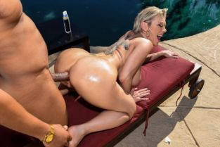 Dee Williams, Ricky Johnson Backyard Banging [Best of Brazzers]