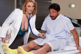 Tommy Gunn, Brooke Wylde How To Please A Sleaze [Best of Brazzers]