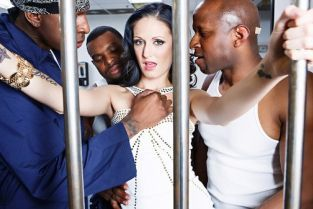 Jon Jon, Prince Yashua , Rico Strong, Hailey Young Maximum Security MILF [Best of Brazzers]