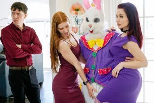 FamilyStrokes - Jessica Ryan, Jane Rogers Seducing The Easter Bunny