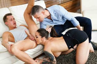 GirlsRimming - Medusa Spying On The Cheating Wife