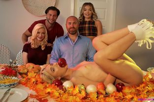 StepSiblingsCaught - Jessie Saint, Katie Kush How To Stuff Your Step Sister And Her Friend