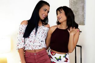 WebYoung - Isabella Nice, Jaye Summers Back In Town