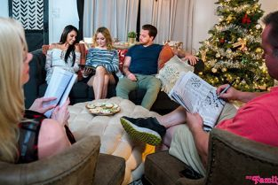 MyFamilyPies - Hime Marie, Nikole Nash We Want Creampies For Christmas