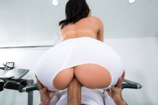 Jaclyn Taylor, Keiran Lee His Wife Squats (On My Dick) [Best of Brazzers]